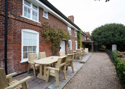 Bell-Inn-Beer-Garden (2)