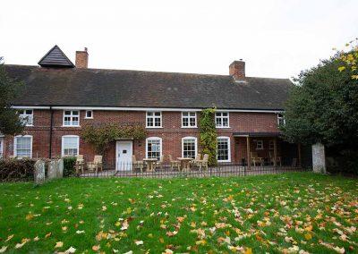 Bell-Inn-former-front-view
